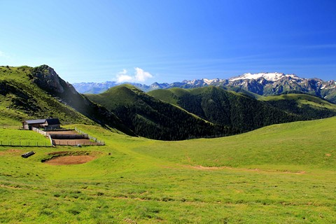 view mountains pyrenees and shepherds huts